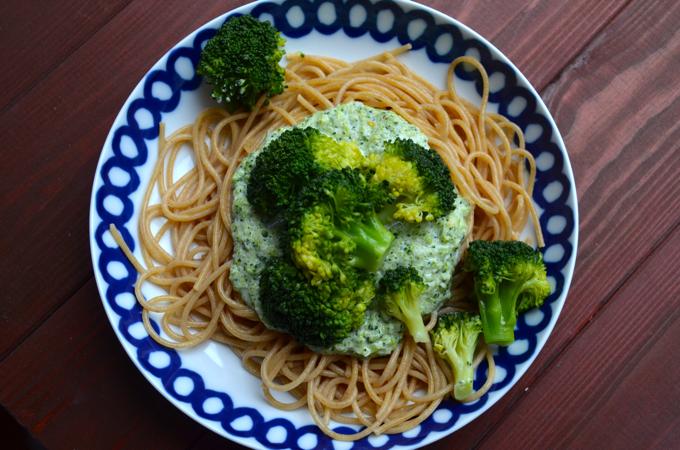 Pasta mit Brokkolisoße