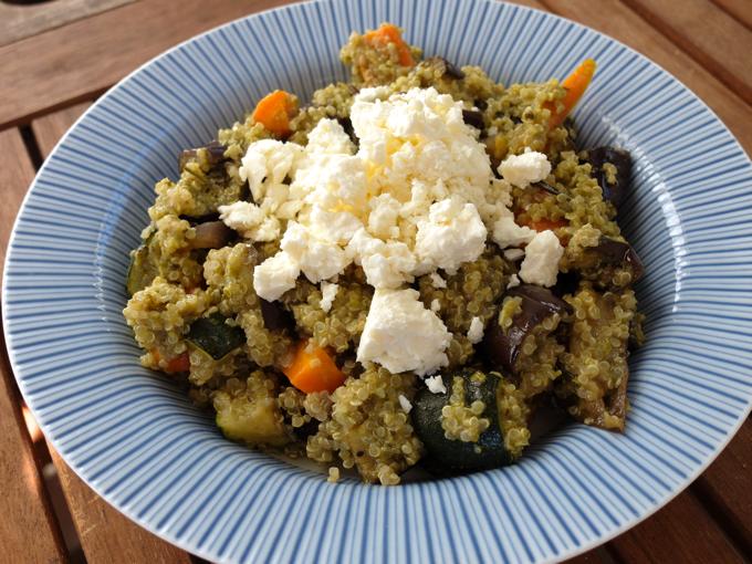 Quinoasalat mit Ofengemüse