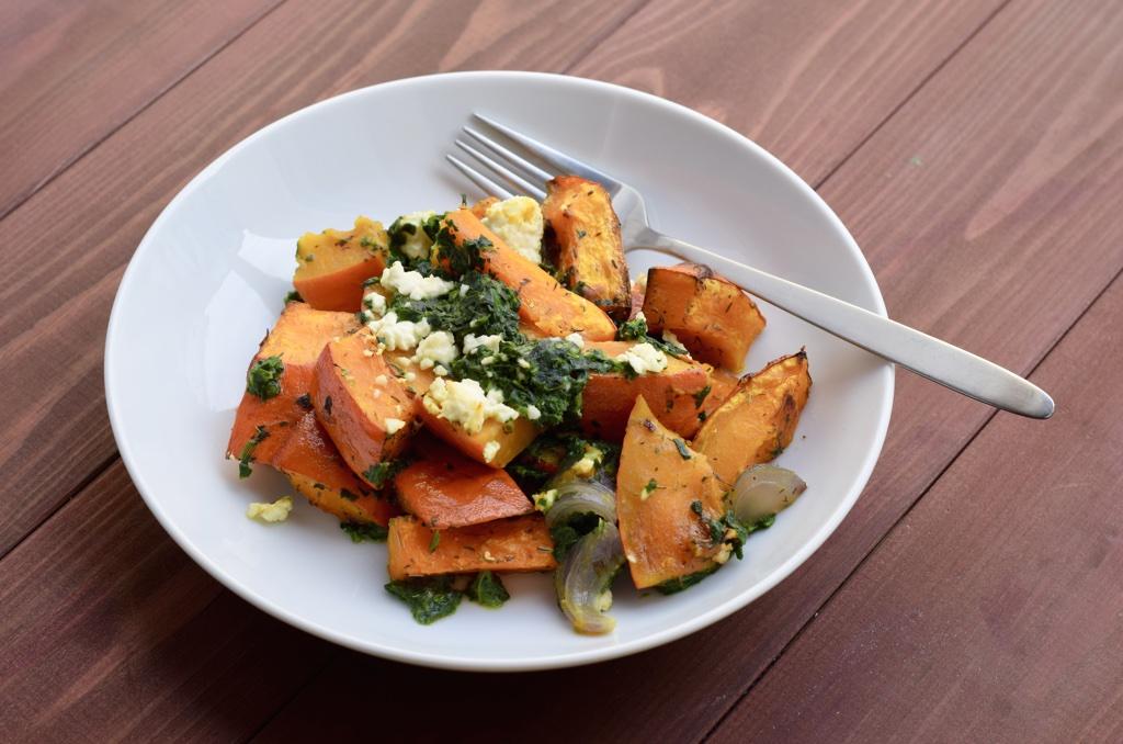 Ofenkürbis mit Spinat und Feta